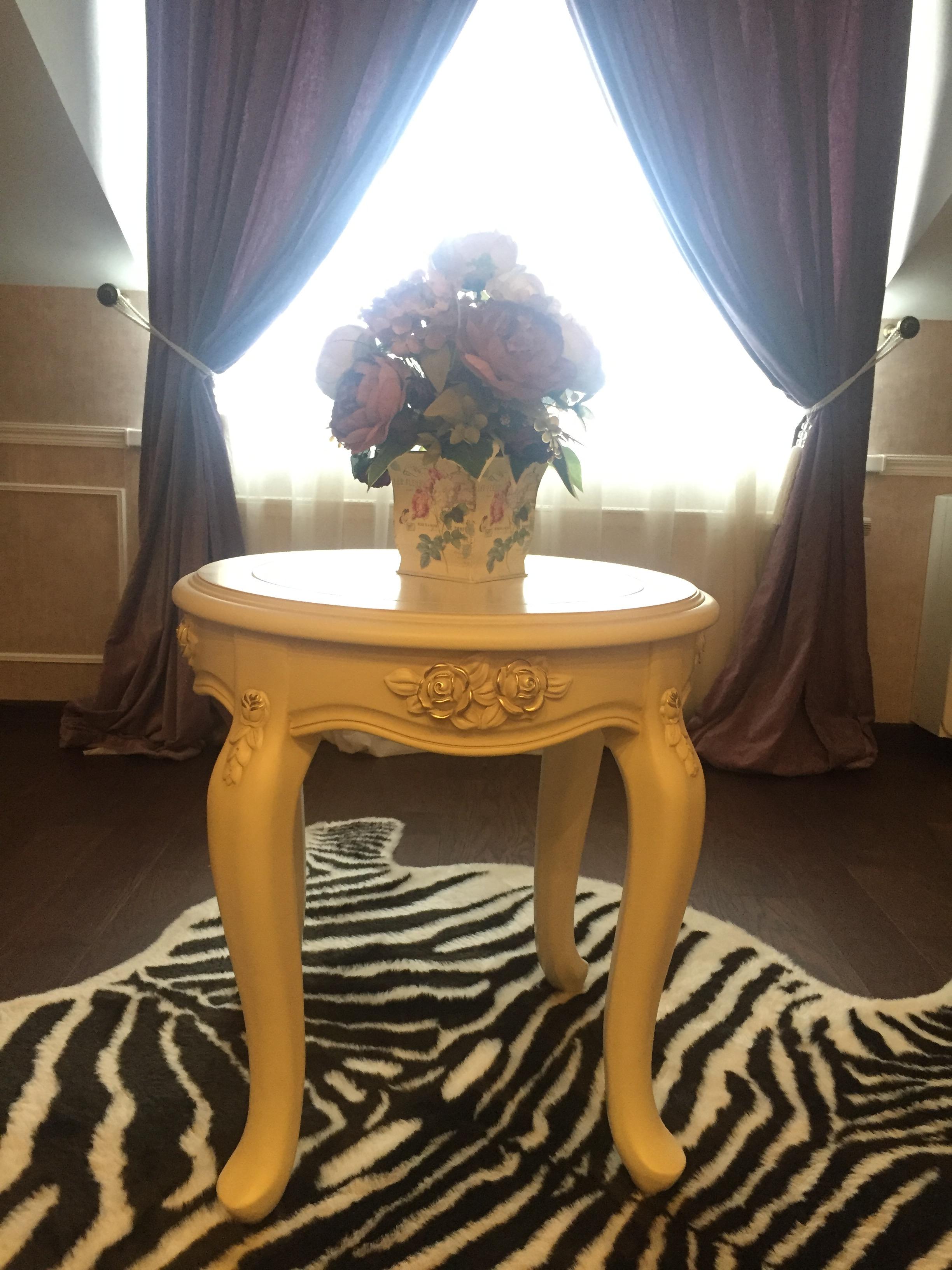 Столик кофейный Fiore Bianco
